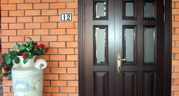 Номерная плитка для нумерации домов